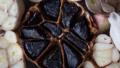 Umami-Bombe Fermentierter Knoblauch - Fermentierter Knoblauch: von Sterneköchen und Spirit of Spice empfohlen!